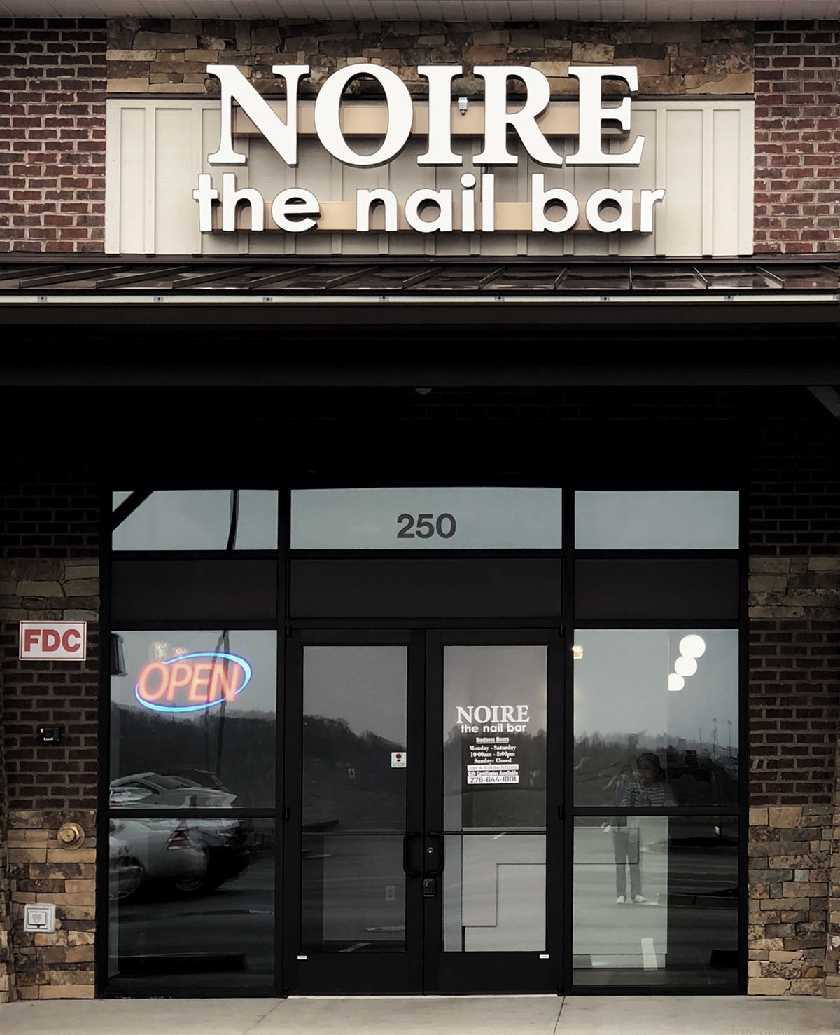 ABOUT US – NOIRE The Nail Bar